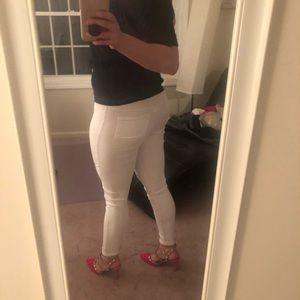 Pants - White Moto Leggings 🍑 spring into summer 🌷